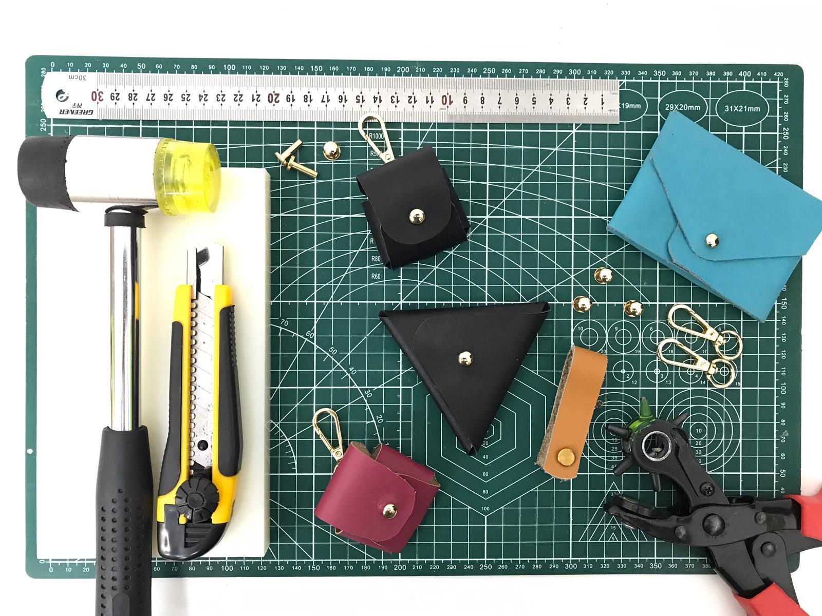 non-stitched leather workshop