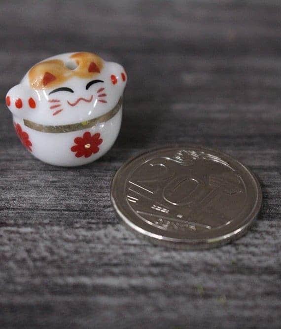 terrarium workshop Mini Fortune Cat Porcelain Figurines - Red Flower August 2021